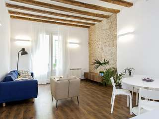 Apartment undergoing renovation to buy in Barcelona