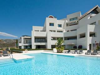 Comfortable Los Flamingos Golf apartment to buy in Benahavís
