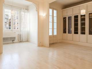 Apartment for sale in Barcelona's Eixample District