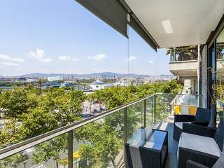 First line luxury apartment for sale in Barceloneta