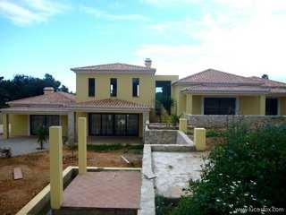 4-bedroom villa for sale in Carvoeiro, Algarve