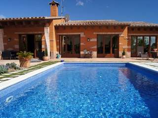 Costa Brava villa to buy in Santa Cristina d'Aro