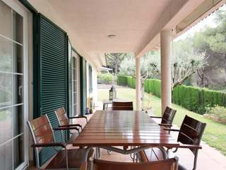 Great 4-bedroom home to buy and update in Alella, Spain
