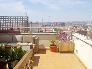 Penthouse for sale in Madrid city centre