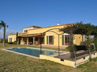 Luxury Mallorca country villa for sale in Felanitx
