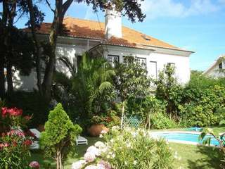 Classical villa for sale in Cascais, with 8 bathrooms