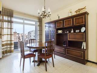 Apartment for total renovation for sale in Gracia, Barcelona