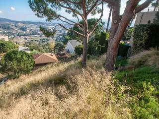1000m² plot for sale 4 minutes from the centre of Alella