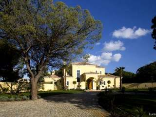 Five bedroom villa for sale in Almancil, Algarve