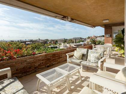 365m² Penthouse with 297m² terrace for sale in Pedralbes