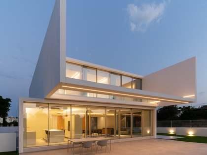834m² Hus/Villa med 50m² terrass till salu i Bétera