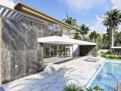 Casa / Vila de 338m² with 497m² terraço à venda em Dénia