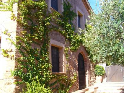 Country house for sale within the Natural Park of Montserrat