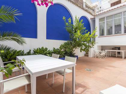 103m² Apartment with 50m² terrace for sale in Sitges Town