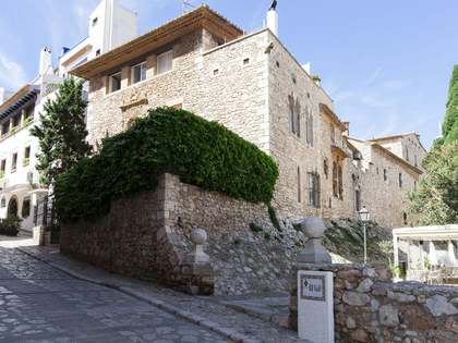 4-bedroom historic villa for sale in Sitges Old Town