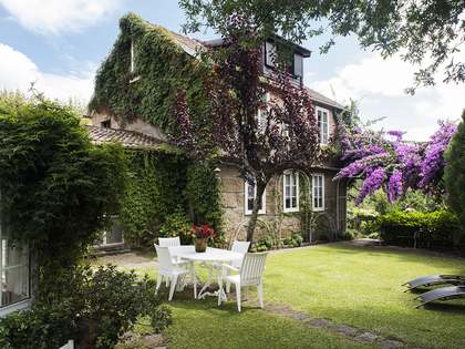 280m² House / Villa for sale in Pontevedra, Galicia