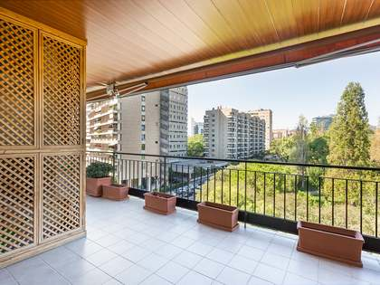 198m² Apartment with 20m² terrace for sale in Turó Park