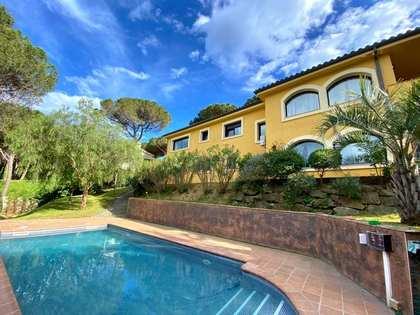 414m² Hus/Villa till salu i Santa Cristina, Costa Brava