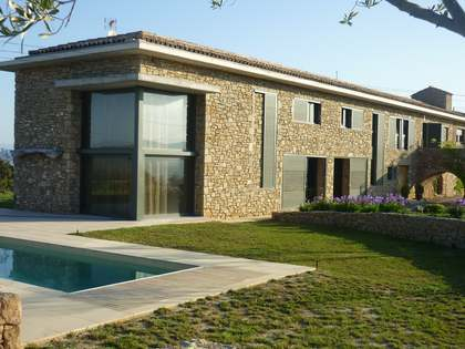 673m² country house for sale close to Manresa, Spain