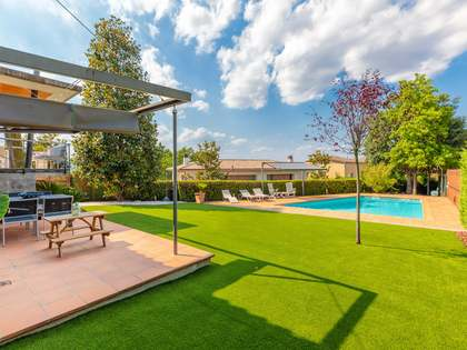 403m² House / Villa for sale in Palau, Girona