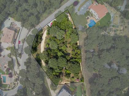 2,385m² Plot for sale in Alella, Maresme