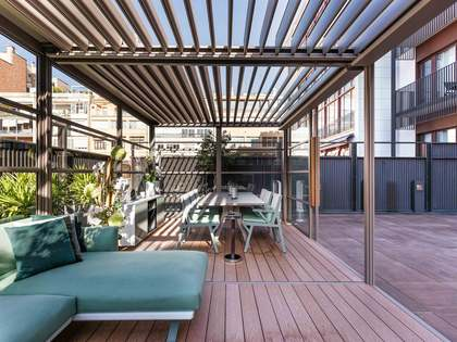 120 m² apartment with a terrace for sale in Eixample Left