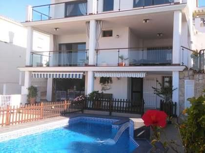250m² House / Villa for sale in East Málaga, Málaga