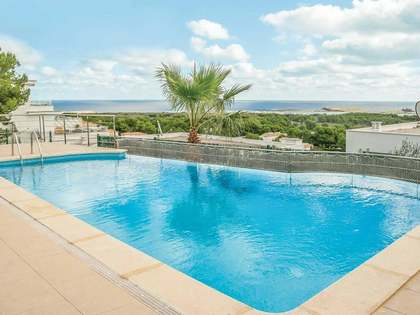 225m² House / Villa for sale in Mercadal, Menorca