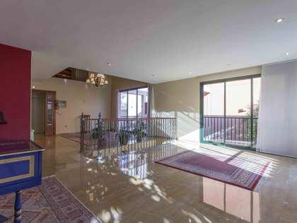 Huis / Villa van 331m² te huur met 60m² terras in Godella / Rocafort