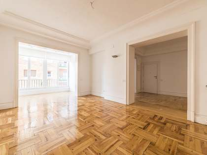 268m² Apartment for rent in Trafalgar, Madrid