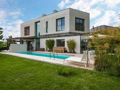 495 m² villa for sale in Tiana, Maresme