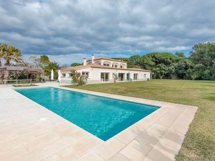 750 m² house for sale in Baix Empordà, Girona