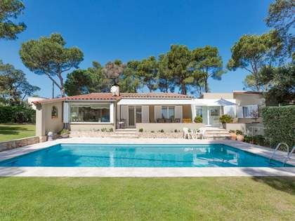228 m² Villa for sale in Tamariu