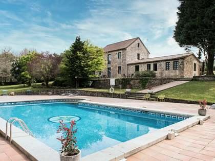 Huis / Villa van 860m² te koop in Pontevedra, Galicia