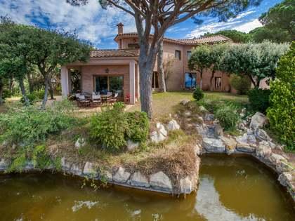 Huis / Villa van 302m² te koop in Sant Pol de Mar, Maresme