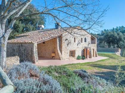 Girona landhuis met paardensport faciliteiten te koop
