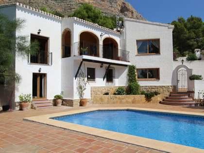 297m² Haus / Villa zum Verkauf in Jávea, Costa Blanca