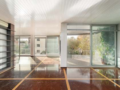 263m² Apartment with 28m² terrace for sale in Turó Park