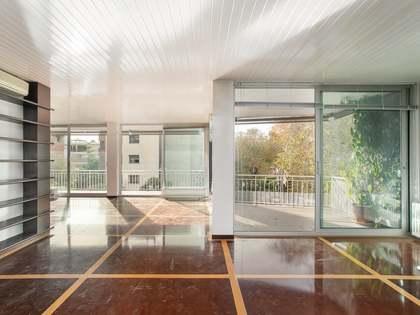 Appartamento di 263m² con 28m² terrazza in vendita a Turó Park