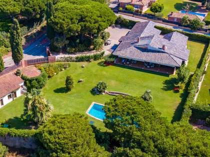 552m² House / Villa with 2,094m² garden for sale in Sant Andreu de Llavaneres