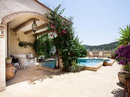 Huis / Villa van 291m² te koop in Olivella, Sitges