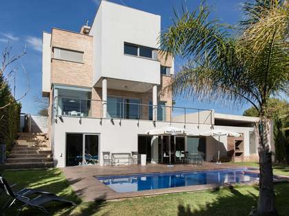 Villa for sale in Godella, near Valencia city centre