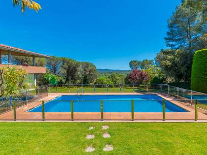 475m² House / Villa for sale in Palau, Girona