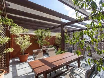 Ático duplex con terraza en venta en el centro histórico