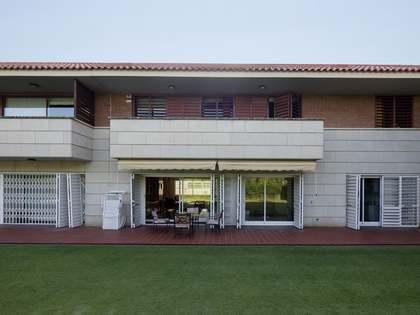 Huis / Villa van 494m² te koop in Terramar, Barcelona