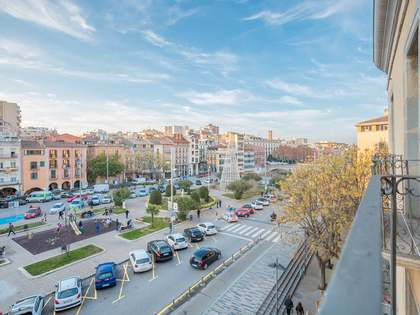 170m² Apartment for sale in Barri Vell, Girona