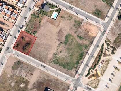 Perceel van 759m² te koop in Playa Sagunto, Valencia
