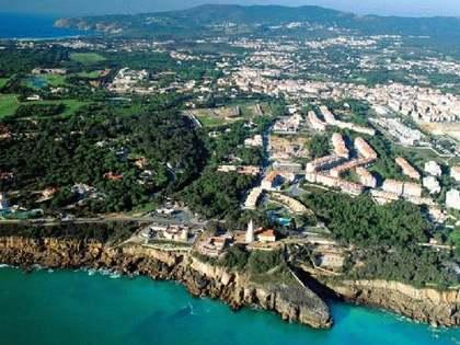 Huis / Villa van 280m² te koop in Cascais & Estoril