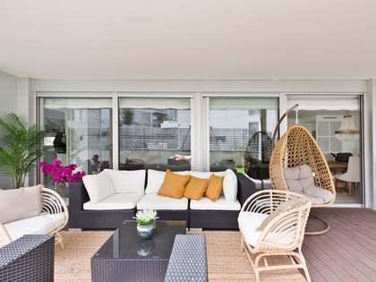 Appartamento di 240m² con giardino di 121m² in vendita a Sant Cugat