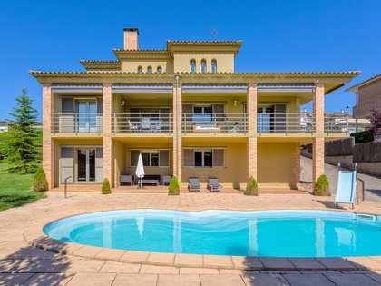 Casa de 390m² en venta en Montjuic, Girona